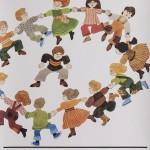 1980-luvun alussa MLL:n piirit ja osastot eri puolilla Suomea järjestivät Lystisunnuntai-tapahtumia, joihin perheet kokoontuivat leikkimään ja viettämään aikaa yhdessä.