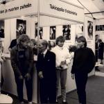 Lasten ja nuorten puhelin sekä tukioppilastoiminta olivat näkyvästi esillä MLL:n järjestämässä Festa-nuorisotapahtumassa vuonna 1985.
