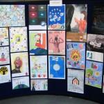 EU ja lapsen oikeudet -julistekilpailuun osallistui 42 joukkuetta. Kilpailutyöt katsovat tulevaisuuteen.